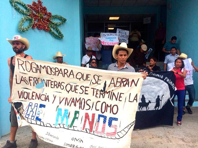 """La protesta en la casa del migrante """"La 72"""" de Tenosique. Foto: La 72"""