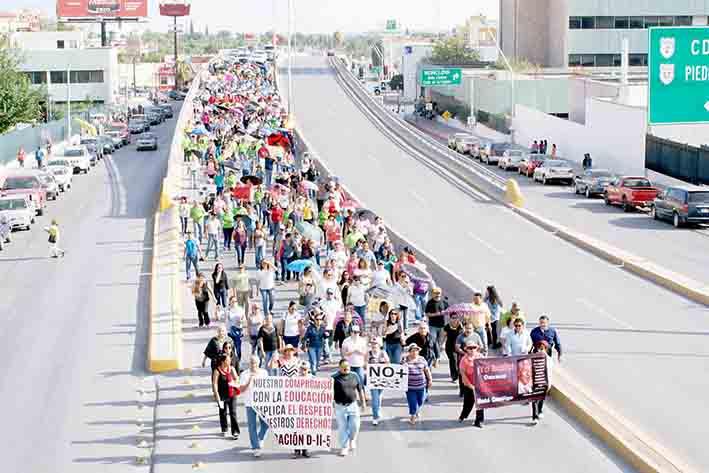 También se solidarizan con maestros de la Sección 22 de Oaxaca; demandan cese de Nuño y la liberación de profesores de la Sección 22