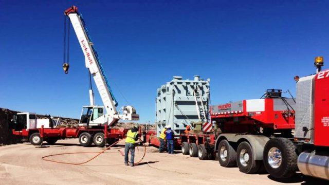 Amenazan operadores de maquinaria pesada parar obras de empresa eólica en Zacatecas