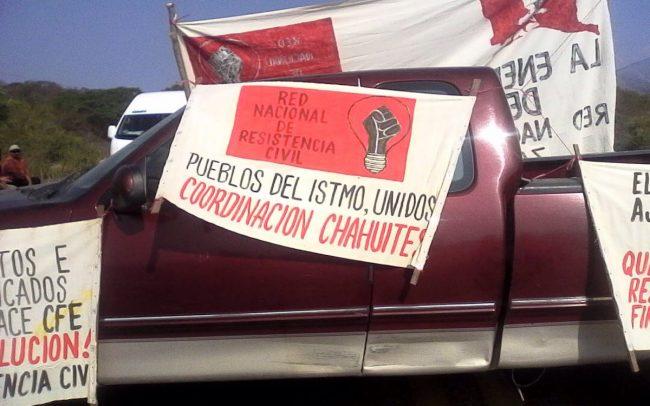 Bloquean y protestan contra altas tarifas de energía eléctrica en el Istmo (Oaxaca)