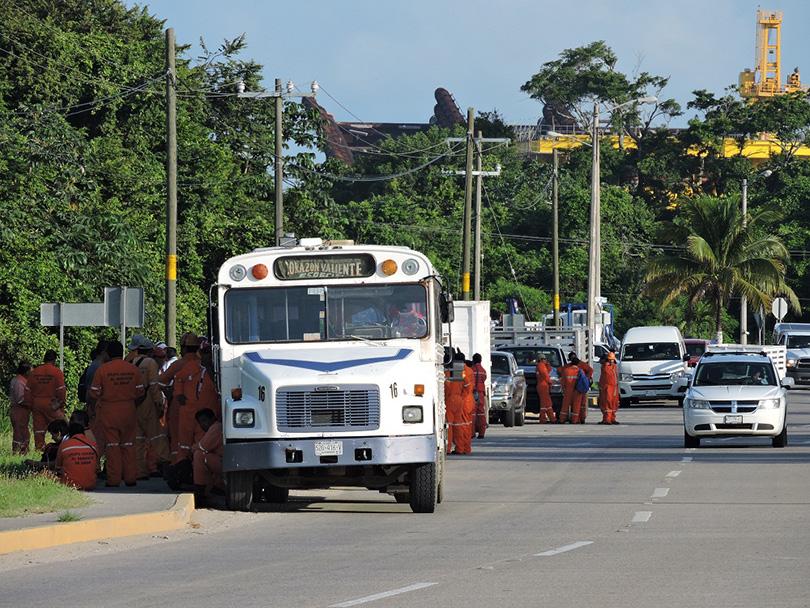camiones-pemex-camino3