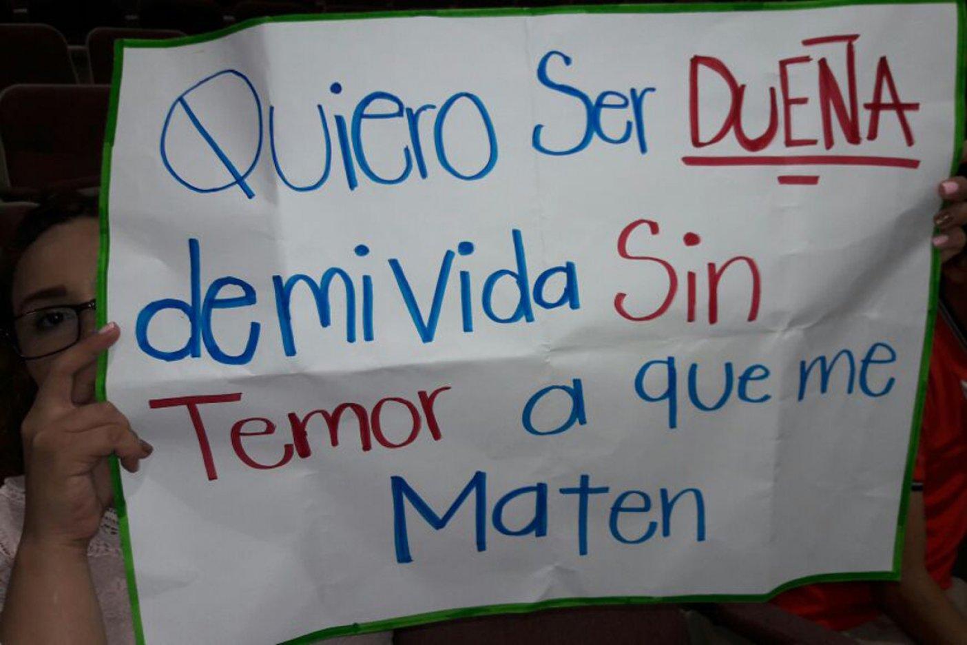 'Dejen de matarnos', exigen mujeres en Congreso del Estado (Sinaloa)