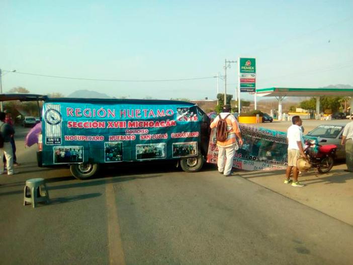 Vive Michoacán jornada de protestas de la CNTE y normalistas