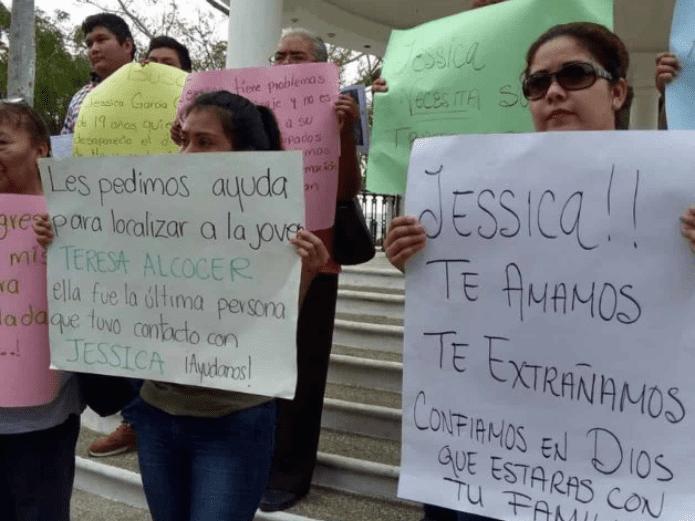 """Marchan en Tamaulipas """"Solas ni a la esquina"""""""