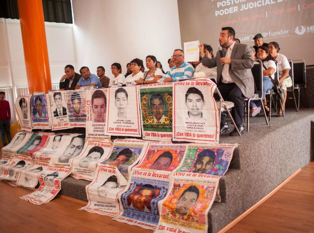 Tribunal Colegiado acepta revisar resolución sobre el caso Ayotzinapa, pero mantendrá fallo