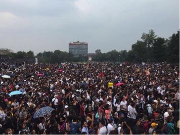 Se movilizan miles en solidaridad con los estudiantes del CCH Azcapotzalco y contra la violencia generalizada dentro de la UNAM