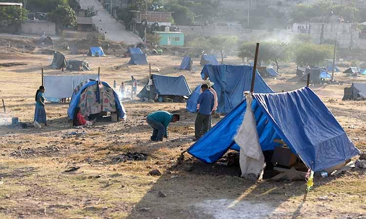 Continúan resistiendo 152 familias de desplazados en un terreno de Tlapa (Guerrero)