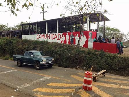 Ostula en alerta ante hostigamientos (Michoacán)