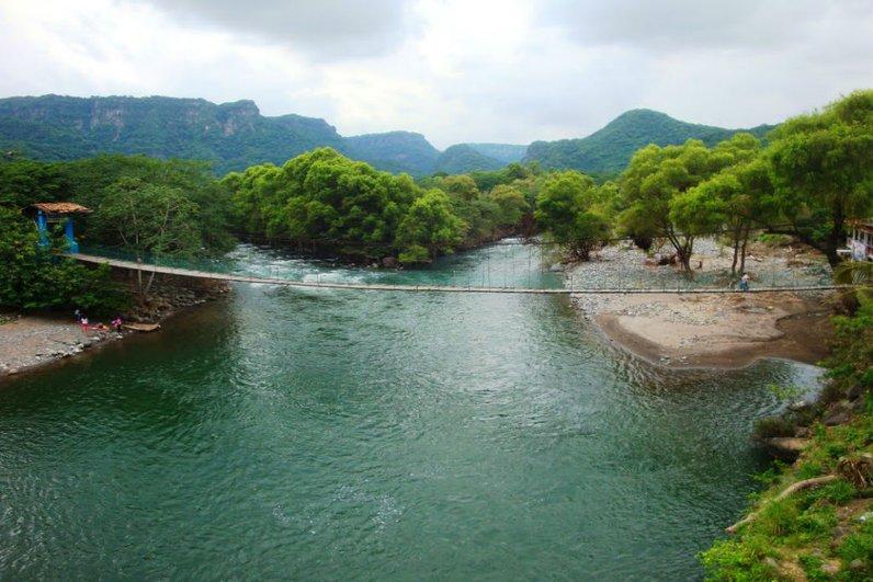 Continúan proyectos mineros e hidroeléctricos en Veracruz, advierten