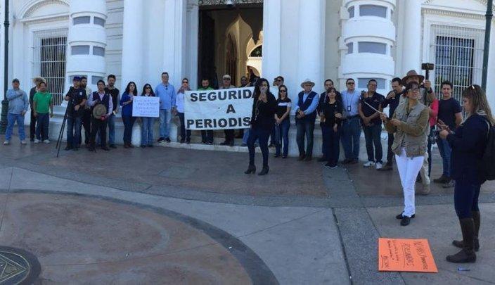 Periodistas exigen a autoridades garantías para ejercer su trabajo (Sonora)