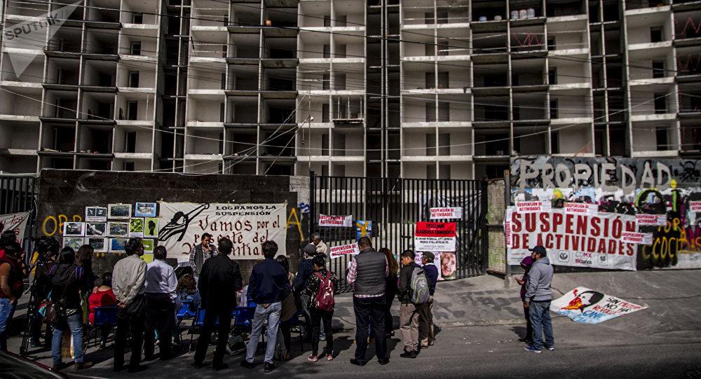 Denuncian construcción de departamentos pese a suspensión oficial (Ciudad de México)