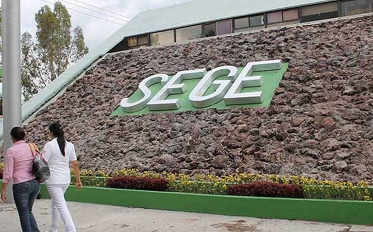 Liberan la SEGE, autoridades afirman fue pacífico, maestros lo niegan (San Luis Potosí)