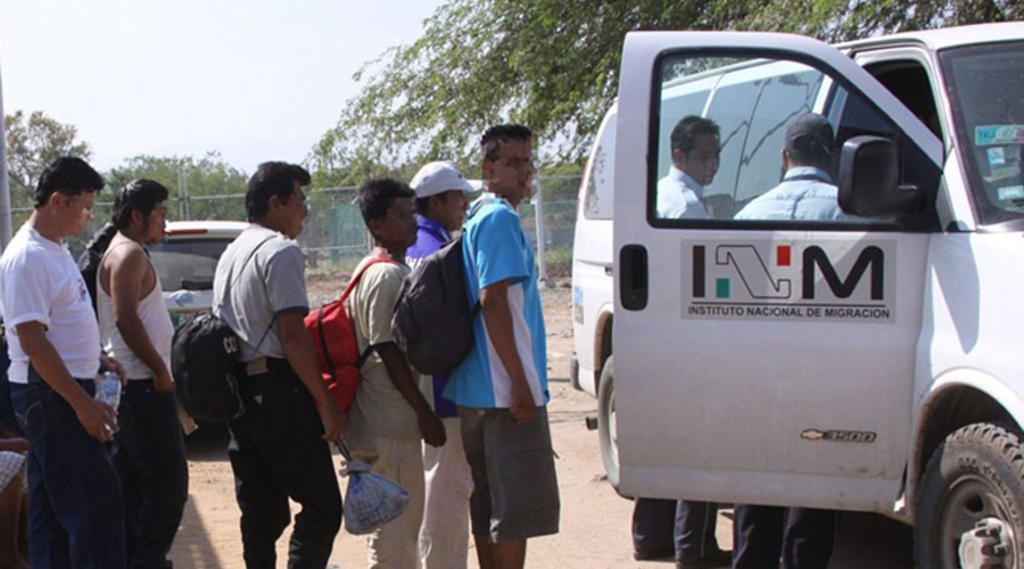 INM deporta a 104 hondureños; 63 son menores de edad