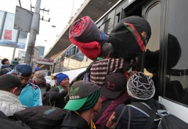 Se quedan 850 migrantes varados en Nuevo Laredo (Tamaulipas)