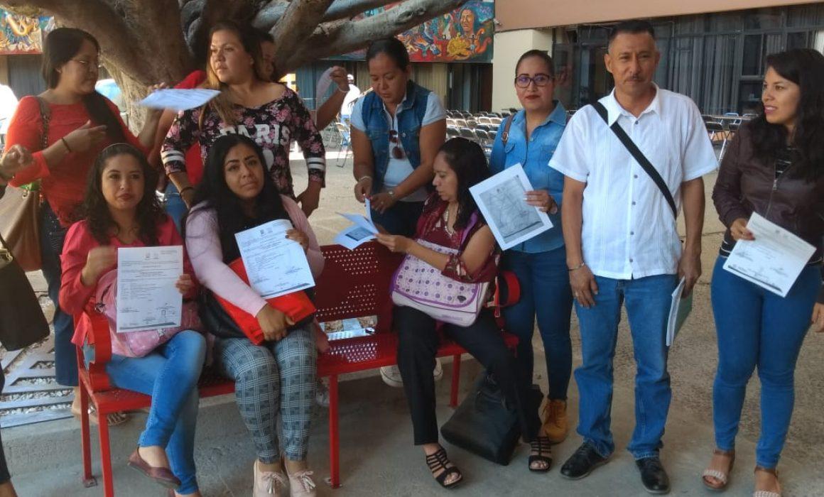 Profes piden sus quincenas atrasadas (Morelos)