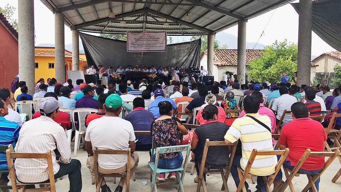"""Consulta en el Istmo es una """"simulación"""", acusa Ucizoni (Oaxaca)"""