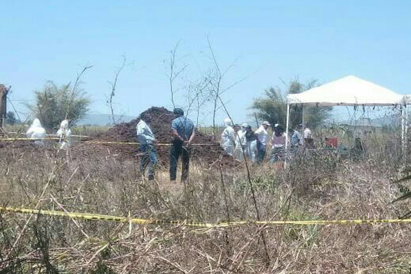 Familiares de desaparecidos hallan otras dos fosas clandestinas en Xalisco (Nayarit)