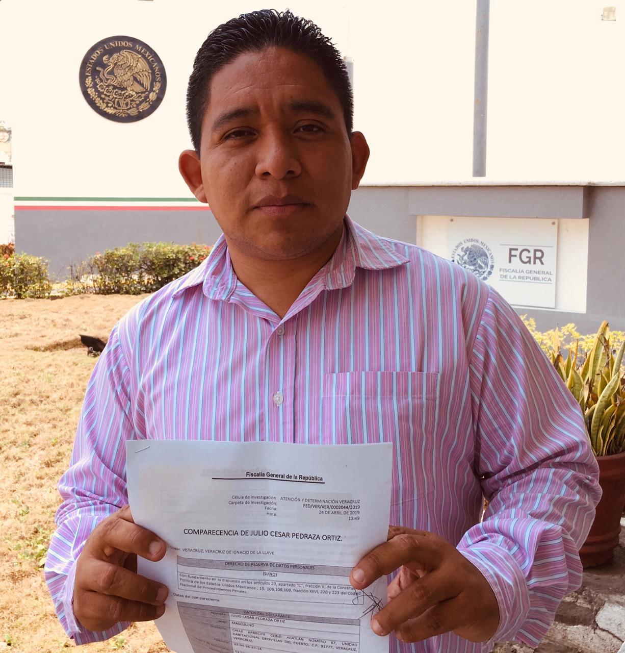 Declara locutor Julio César Pedraza ante FGR por amenazas de muerte ante críticas a gobierno estatal (Veracruz)