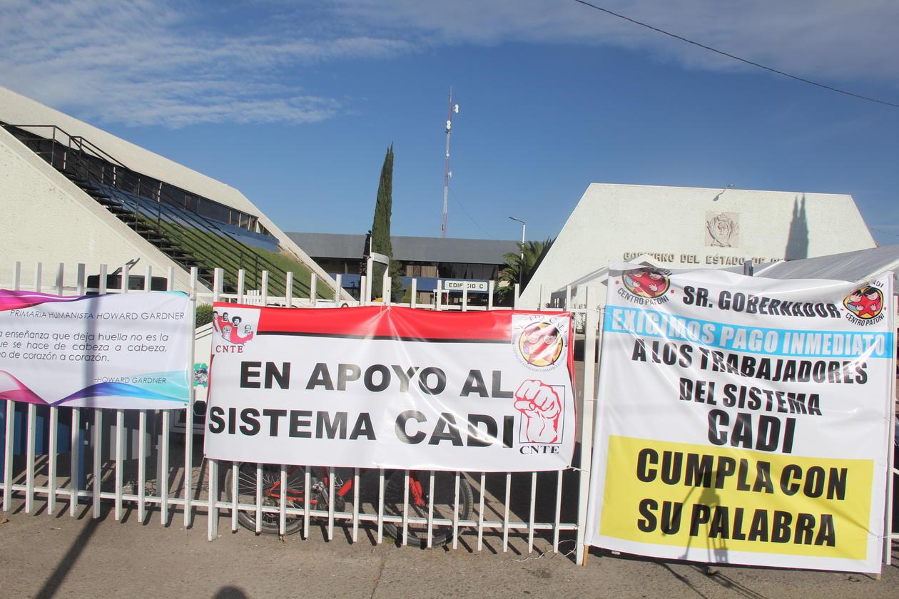 Continúa huelga en la Secretaría de Educación de Durango