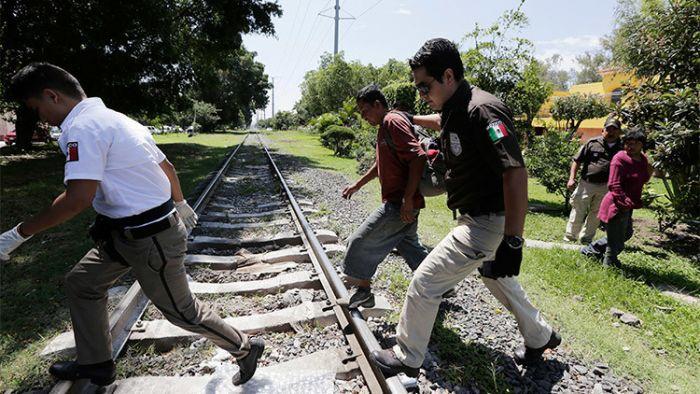 México intensifica operativos para retener migrantes