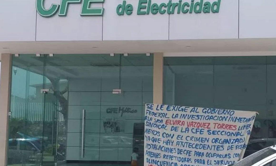 Cumple 6 días toma de oficinas de la CFE por comunitarios en Teloloapan (Guerrero)