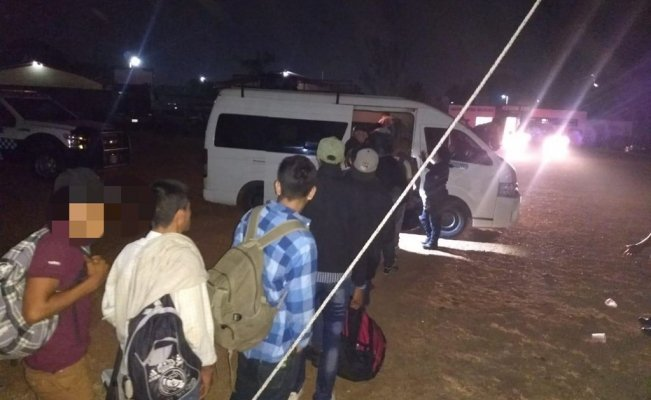 Aseguran a 60 migrantes centroamericanos en Veracruz