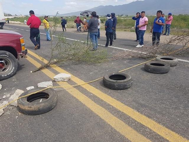 100 bloqueos de carretera en el Istmo (Oaxaca)