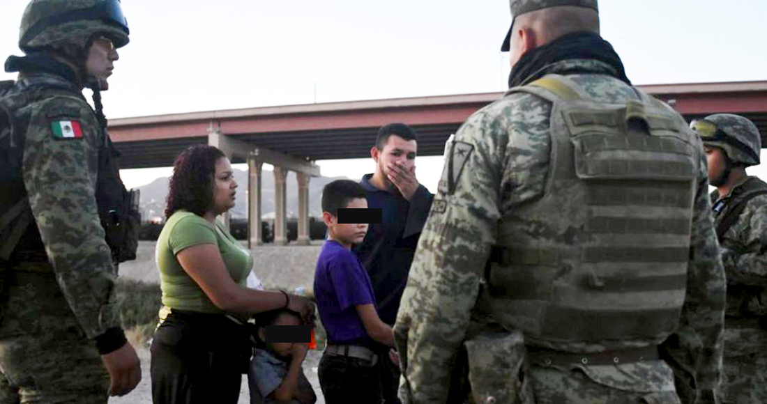 """Lo nunca antes visto: el Ejército mexicano haciéndola de """"migra"""" para EU, en Ciudad Juárez (FOTOS)"""