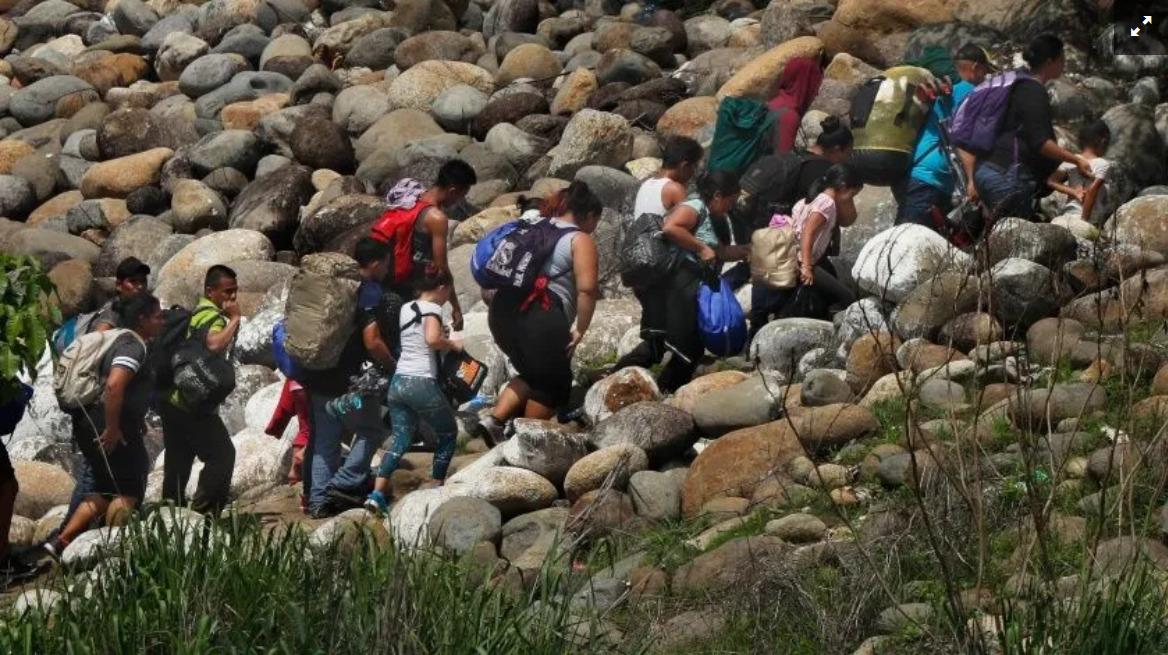Acusan migrantes de haber sido atacados a tiros en México (Veracruz)