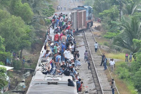 Flujo migratorio no cesa en el sur de Veracruz, pese a los operativos