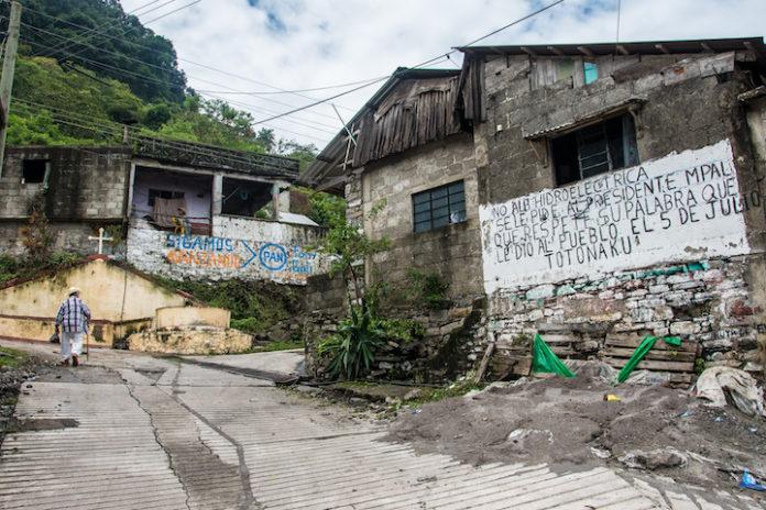 Comunidades totonacas confían que juez cancele permisos del Proyecto Hidroeléctrico Puebla 1