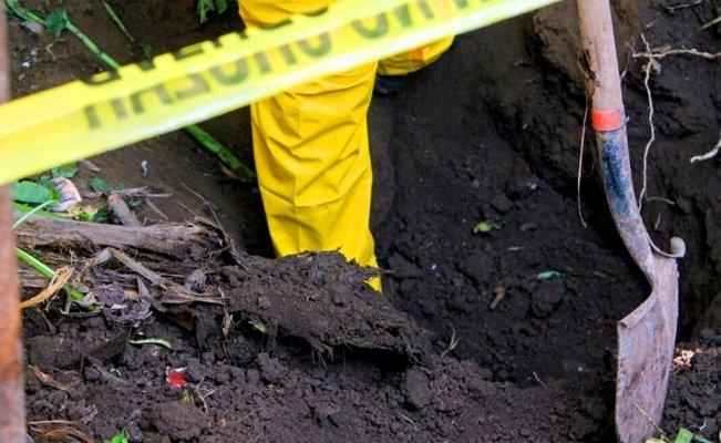 Inician trabajos de búsqueda de cuerpos en mega fosa del norte de Veracruz