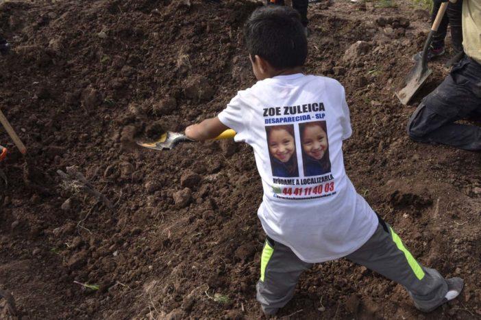 Marchan para que los ayuden a encontrar a sus hijos desaparecidos (Sinaloa)