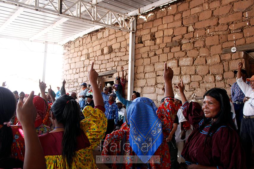 Baqueachi y Huahuachérare ratifican a su abogada; denuncian intento de división (Chihuahua)