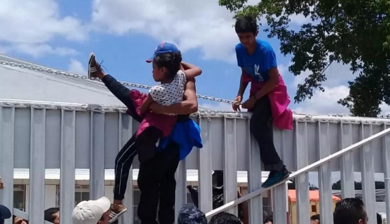 Controlan revuelta de migrantes en refugio de Tabasco