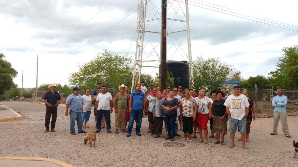 Se manifiestan familias El jitzamuri por la falta de agua (Sinaloa)