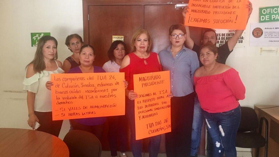 Realizan huelga de brazos caídos en el Tribunal Unitario Agrario (Sinaloa)
