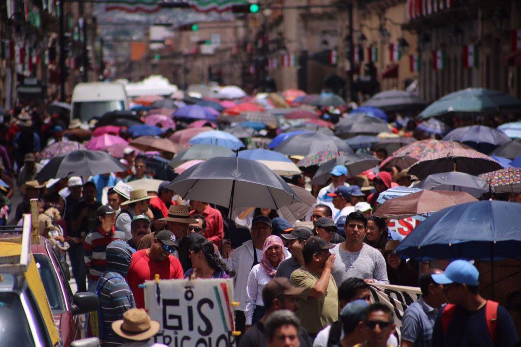 Anuncia CNTE mega marcha y paro de 72 horas en Michoacán