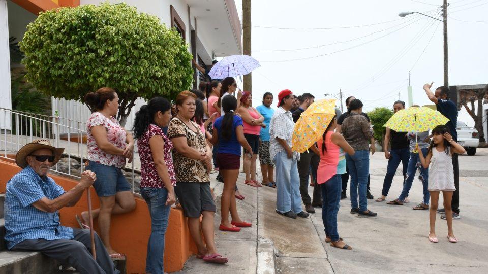 Exigen solución ante fallas de energía eléctrica en colonia de Culiacán (Sinaloa)