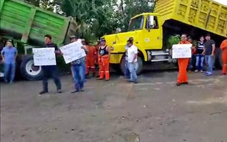 Paralizan trabajos en la refinería (Tabasco)
