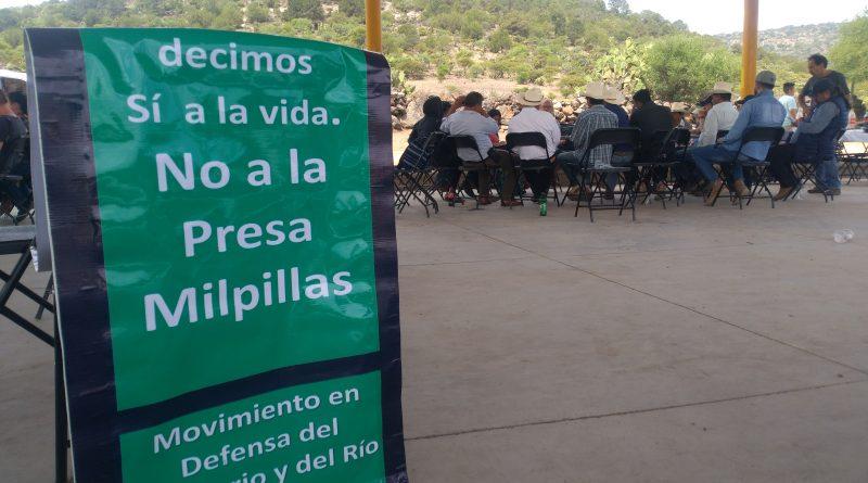 Activistas se manifiestan contra Victoriana Espinoza (Jiménez del Teul, Zacatecas)