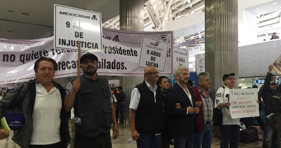 Gobiernos panistas nos dieron la espalda: Jubilados de Mexicana. Llevan ya 9 años en el subempleo