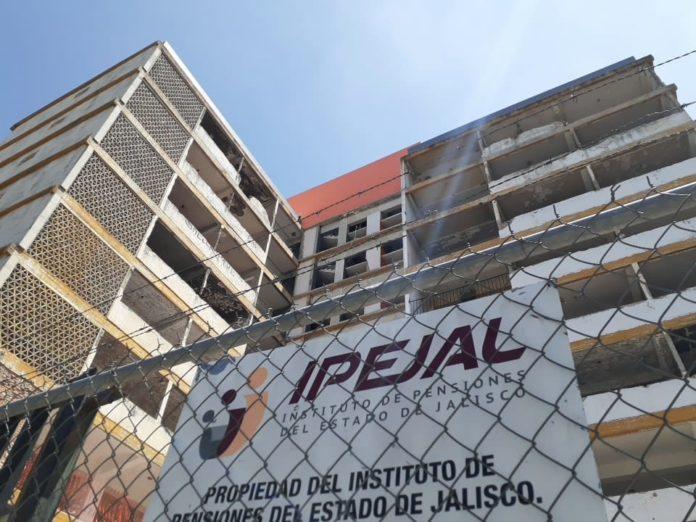 Pensionados y jubilados de Jalisco en desacuerdo con actual manejo del IPEJAL