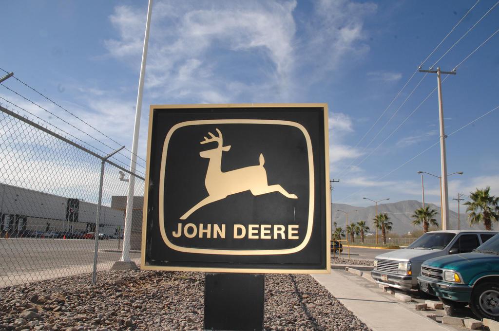 Confirman despido masivo de trabajadores en planta John Deere de Torreón (Coahuila)