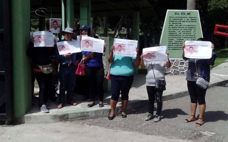 Integrantes del Frente Popular de la Montaña toman instalaciones del palacio municipal de Tlapa (Guerrero)