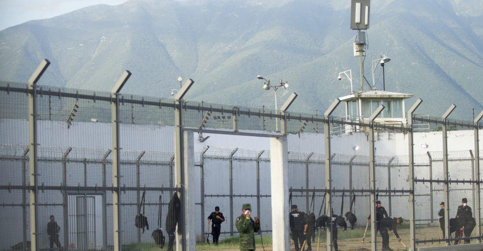 Riña en penal de Atlacholoaya, Morelos, deja seis muertos y dos heridos