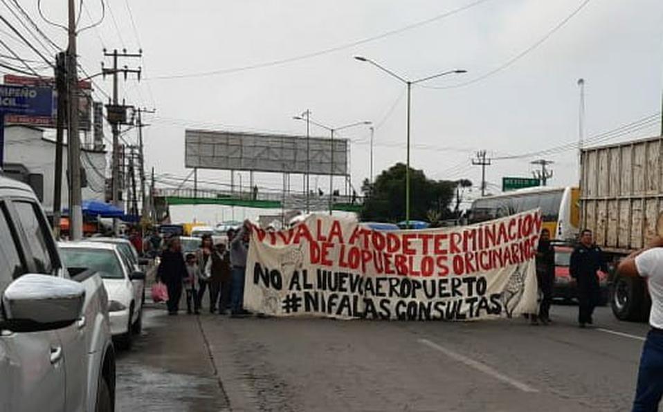 Marchan en Tecámac contra aeropuerto de Santa Lucía (Estado de México)