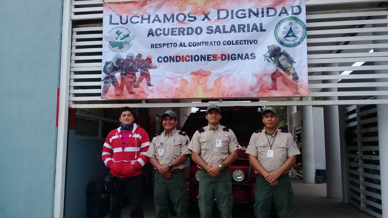 """Elementos de Protección Civil del Estado trabajan """"bajo protesta"""" porque solo les llegó la mitad del alza salarial (Jalisco)"""