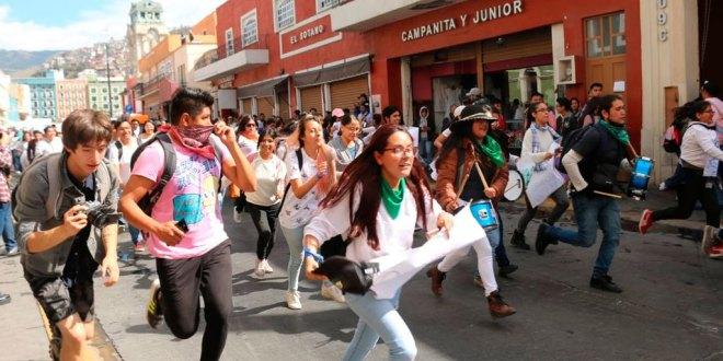 Universitarios alzan la voz contra inseguridad en Hidalgo