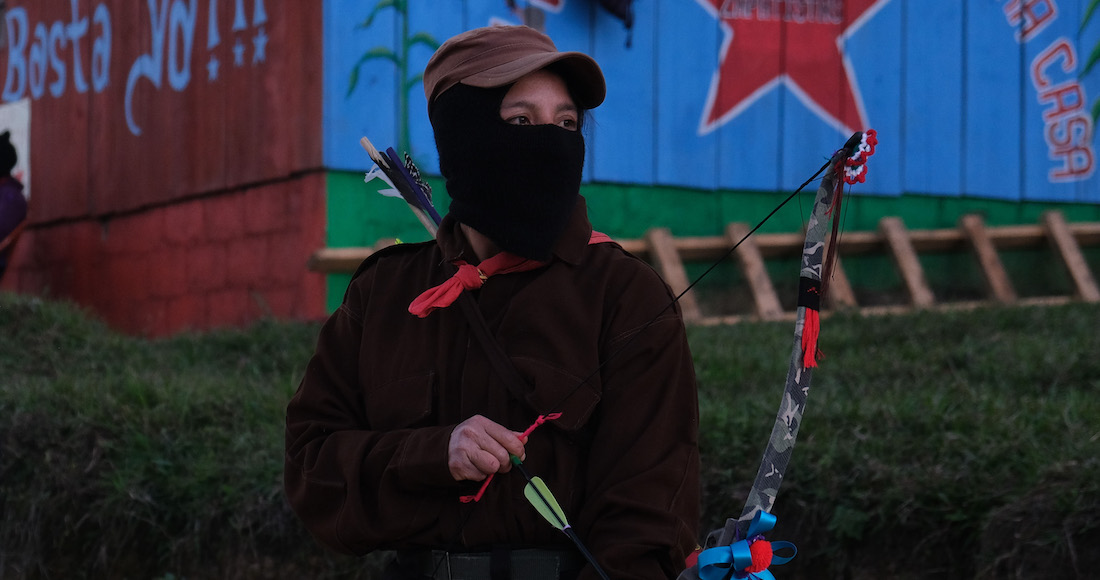 Mujeres, defendámonos con piedras y palos. Y si no hay, con las uñas, piden las zapatistas